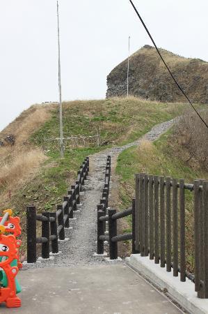 Peshi Misaki Observatory: ペシ岬への道