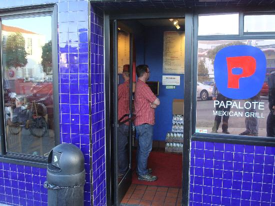 Papalote Mexican Grill : front of restaurant