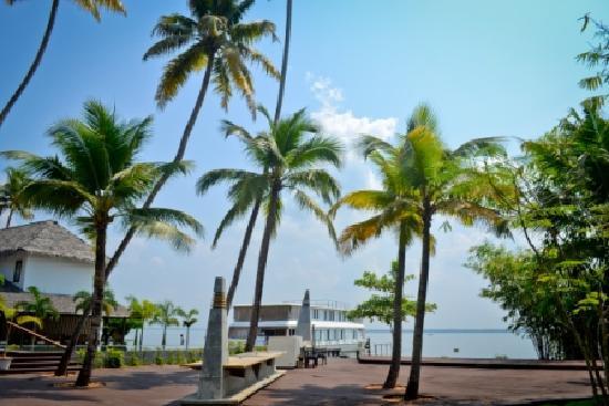 The Park on Vembanad Lake: TPVL
