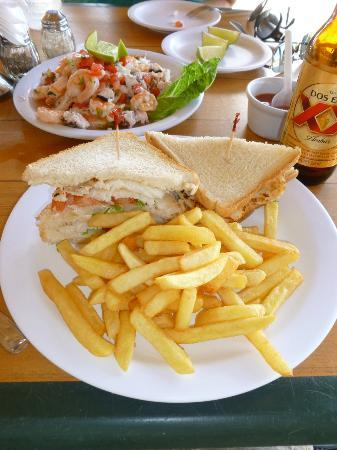 Playa Azul: Fish Sandwich and Chevice