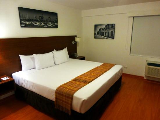 Casa Andina Select Miraflores: Cozy bedroom.