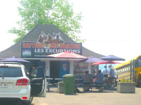 Rafting Montreal & Jetboating: Location