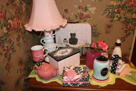 Tea On The Tiber: Pretty room decor
