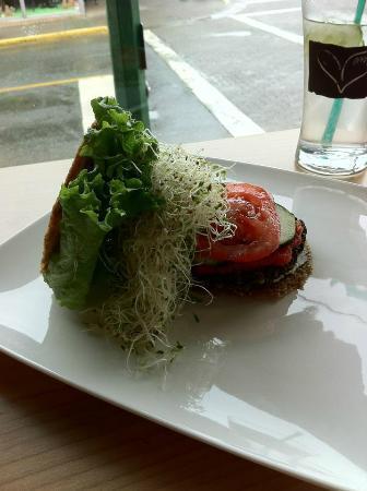 Power House Living Foods Co.: portobella mushroom burger