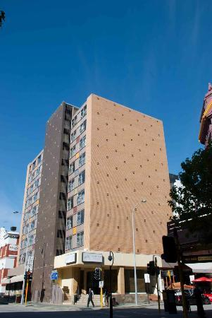Pensione Hotel Perth: Aarons Hotel in Perth