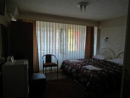 Hotel Nezih: Room 504