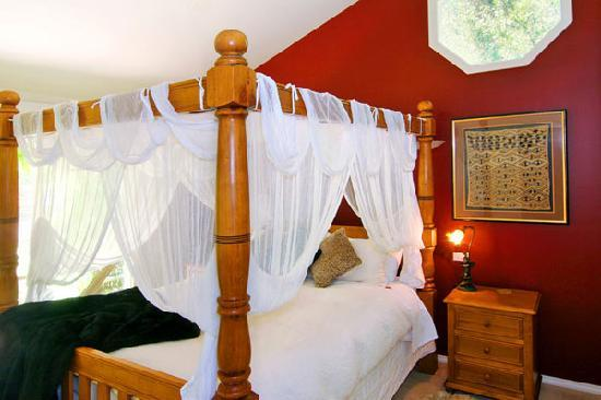 Weeroona Bed & Breakfast: Africa Bedroom