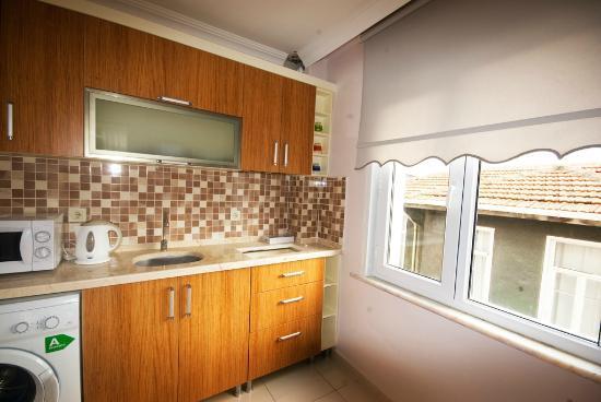 Feyza Apart: kitchen