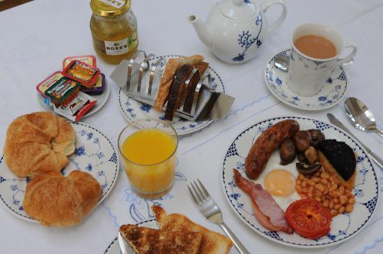 Amberley Guest House: English breakfast option
