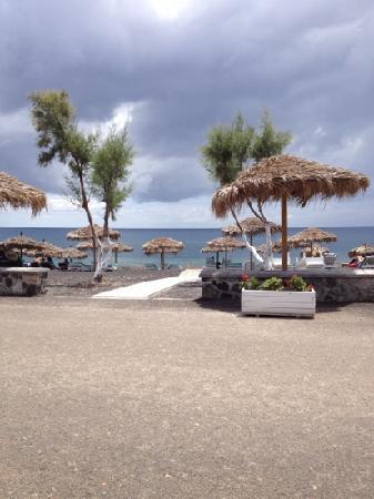 Sellada Beach Hotel: stranda sett fra hotellbaren