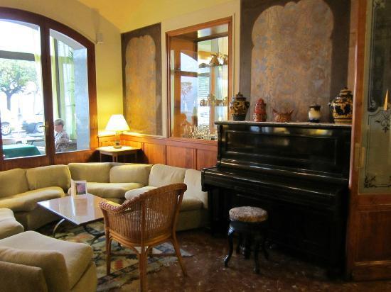 Hotel Beau Rivage: Lounge