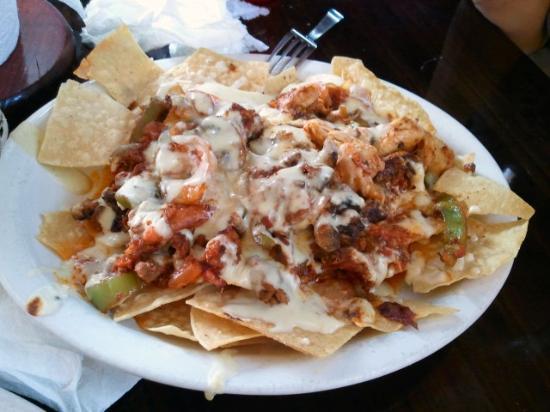 La Cocina: Fajita nachos.