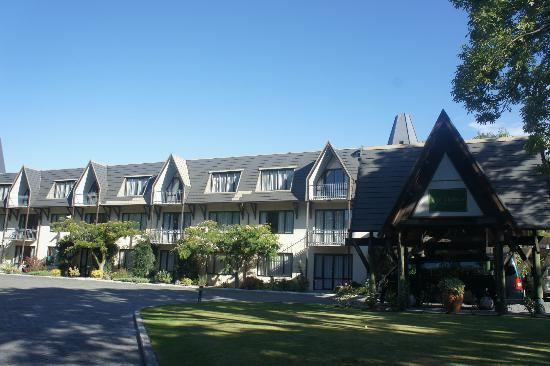 Chateau on the Park - Christchurch, a DoubleTree by Hilton: Hotel Building