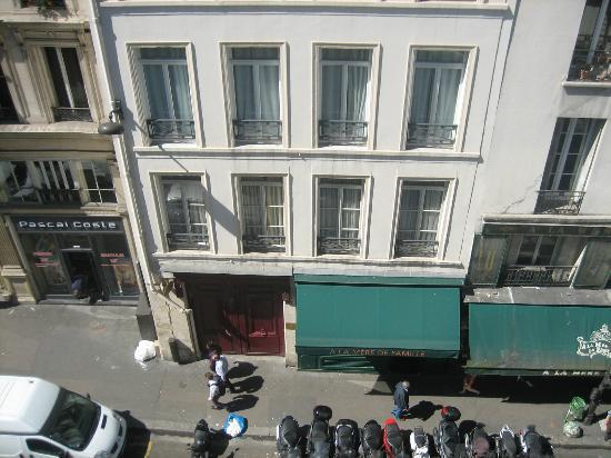 Jeff Hotel- Paris: vue de la chambre