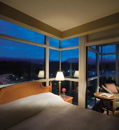 Lord Stanley Suites On The Park: Bedroom with a view