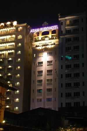 Asian Ruby Luxury Hotel: Exterior of Hotel
