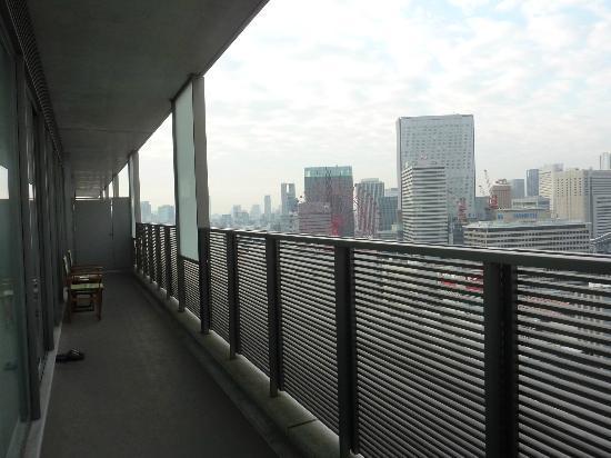 Harmonie Embrassee Osaka: プチトリアノン バルコニー