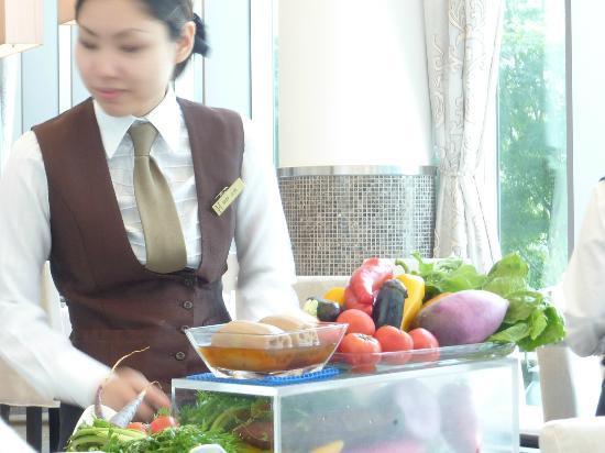 アルモニーアンブラッセ大阪, 野菜ソムリエ