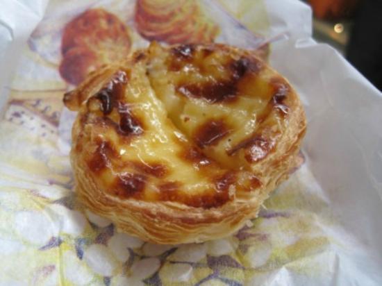 Marché Grenelle: delicious pastel de nata
