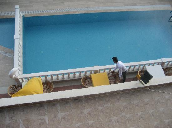 Hotel Sahara: Pool fr balkongen