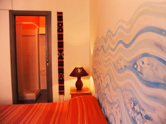 Osvaldo Bed & Breakfast: La stanza Spumeggiante