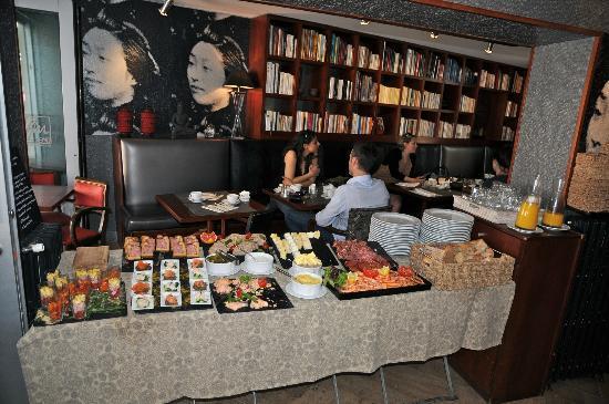 Le Lez'Art: buffet entrées froides