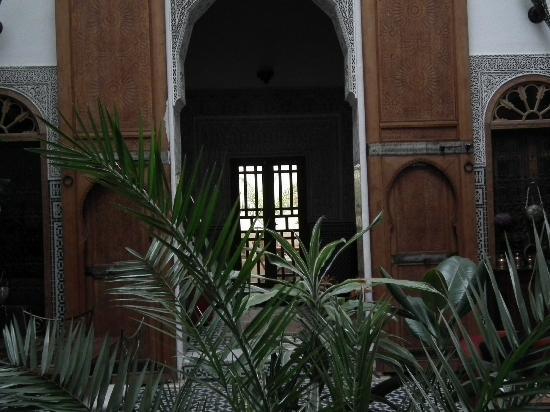 Riad La Cle de Fes: patio