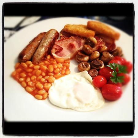 Aria House Bed and Breakfast: Full English breakfast