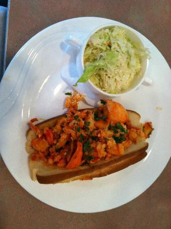 Shoreline Diner: Lobster roll