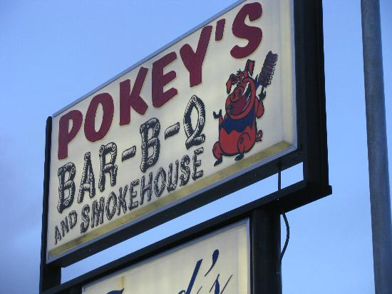 Pokeys BBQ & Smokehouse: Sign on Douglas Highway