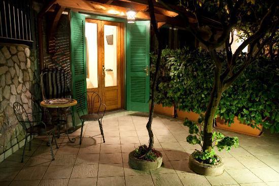 Agriturismo Villa Maria: Esterno della camera