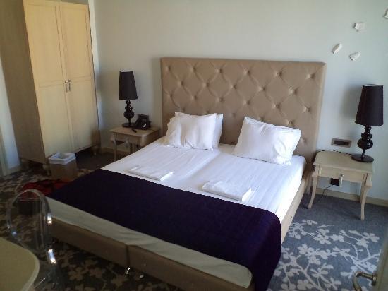Boutique Hotel Dioni: Πολύ καλό κεντρικό ξενοδοχείο