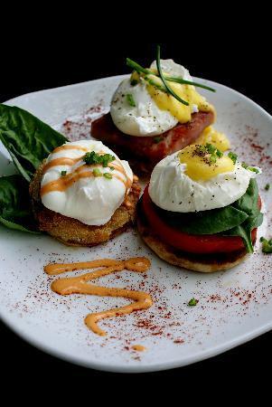 Stella's: Eggs Benedict's