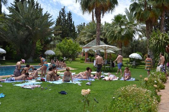 Villa des Trois Golfs: cherchons les transats...