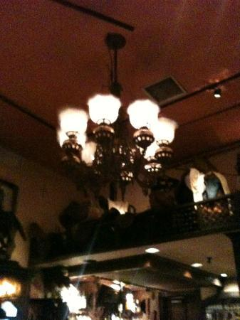 1789 Restaurant : a real gas lamp, converted from oil