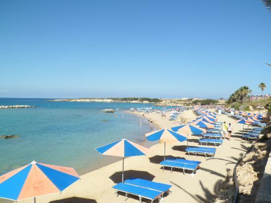 Kissos Hotel: Nicest beach