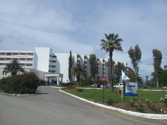 TUI FAMILY LIFE Kerkyra Golf: hotel from the entrance