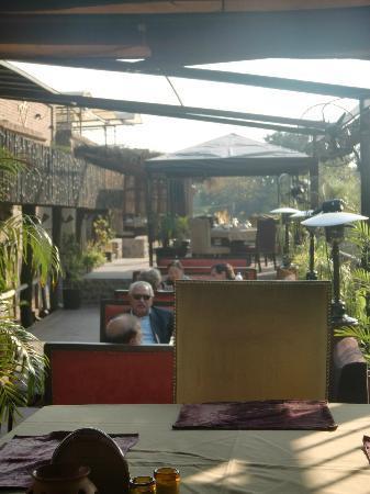 The Polo Lounge: Balcony