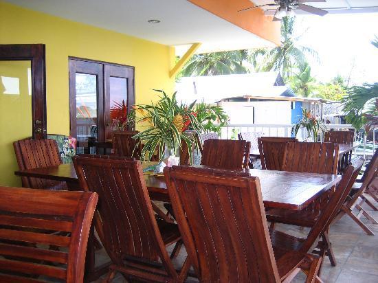 Bocas Paradise Hotel: patio