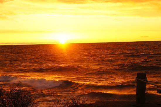 Bluefin Bay on Lake Superior: Sunrise at Bluefin