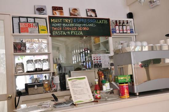 Bay Leaf Cafe Boracay : Interior