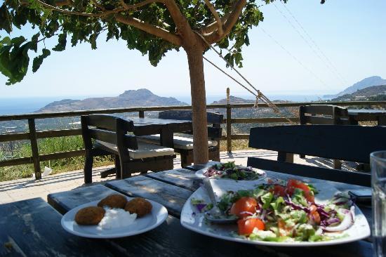Taverna Mariou, Mariou, Crete   Picture of Taverna Mariou, Plakias