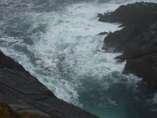 Mizen Head Visitor Centre: Atlantic Ocean at Mizen Head