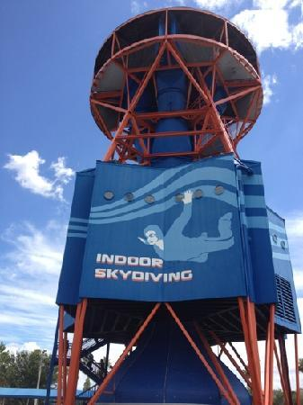 Nov 27, · DanielleO, General Manager at iFLY Indoor Skydiving - Tampa, responded to this review Responded 1 week ago Derek, we really appreciate that you took the time to share details about your recent visit to our location/5().