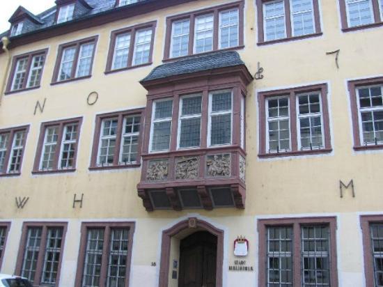 ehem. Dreikonigenhaus (Stadtbibliothek)