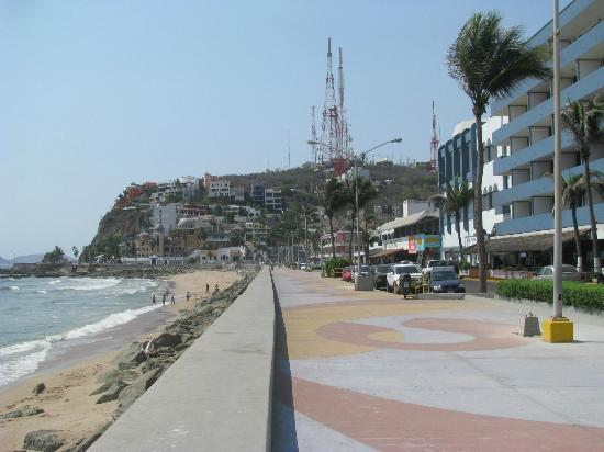 North along the the Malecon
