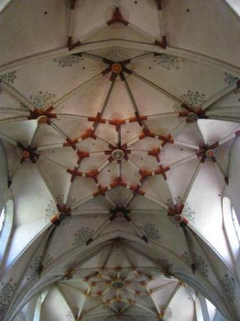 Basilica of St. Castor: vault
