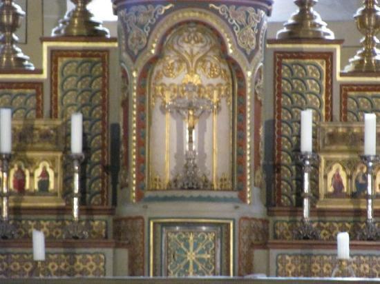 Basilica of St. Castor: altar