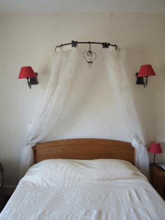 Hotel Saint Cyr : Notre chambre