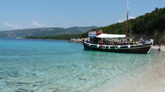 Miramare Beach Hotel: Boat trip
